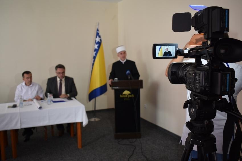 Šehidska dženaza za 12 nevino ubijenih civila Prijedora